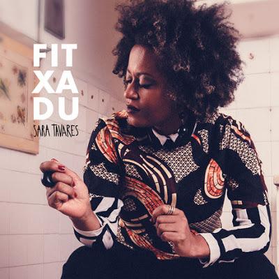 Sara Tavares ft. Paulo Flores - Flutuar [Download] mp3