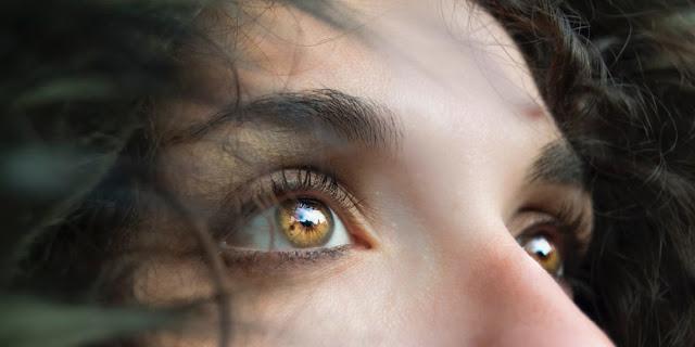 Tìm hiểu về thôi miên để kết nối lại cơ thể, chữa lành tâm hồn