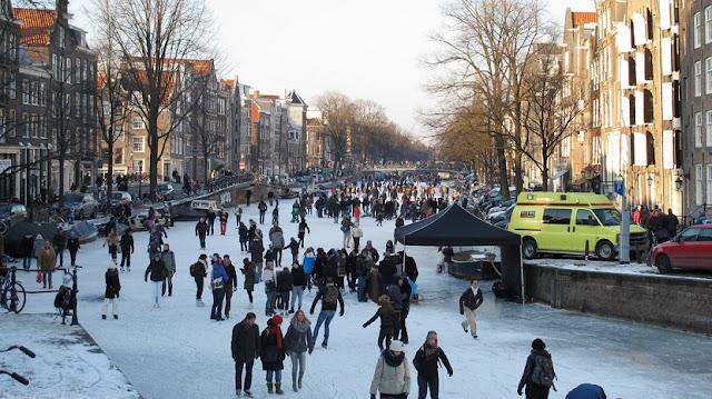 Mala para o inverno em Amsterdã