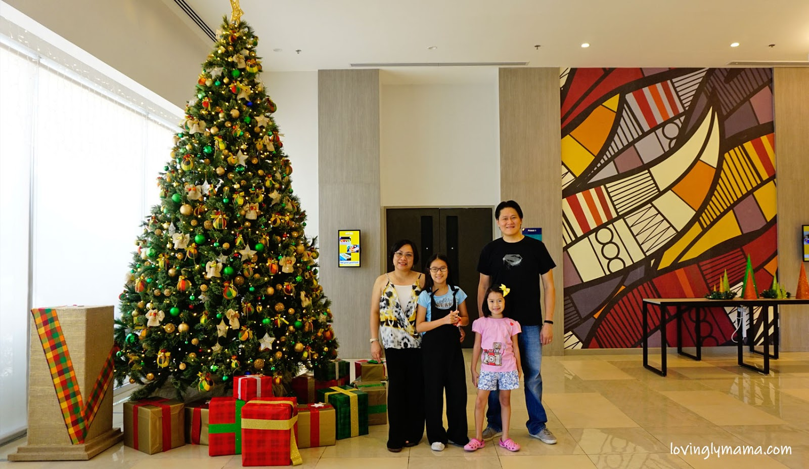Park Inn by Radisson Iloilo, Iloilo City, Iloilo hotel, Christmas, Christmas tree, Christmas decors, hablon, Miag-ao, Christmas staycation, hotel stay, Park Inn by Radisson Iloilo room rates, Park Inn by Radisson Iloilo promo, Capiz shells, Philippine handicraft, Balai Hablon, Chef Vance Bolivar, SOS Children's Village Iloilo, Capiz Parol, Sooc Social Ventures Inc, Bacolod City, Sig-id balls, Capiz stars, Capiz Parol - Bacolod blogger- family travel - Bacolod mommy blogger