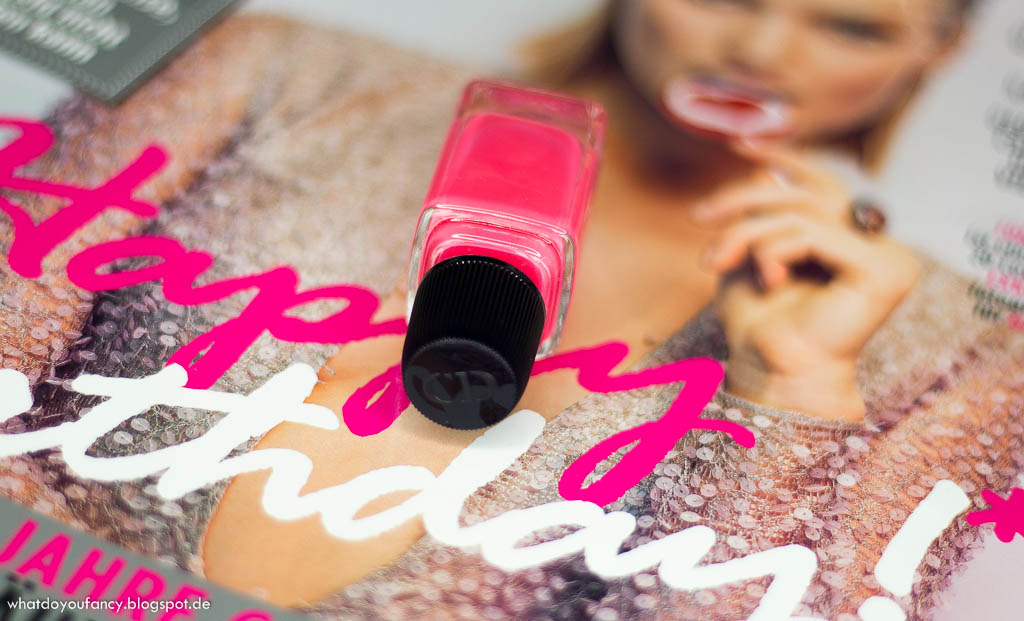Mani Monday: Dior Wonderland 575