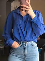 https://www.vinted.fr/femmes/chemises/450521801-chemisier-bleu-marine-vintage