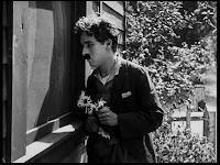 """Кадр из к/ф Чарли Чаплина """"Солнечная сторона"""" / Sunnyside (1919) - 24"""