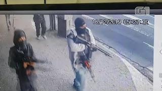 Vídeo mostra bandidos fortemente armados em tentativa de roubo a banco