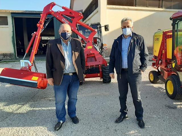 Στον στόλο του Δήμου Ερμιονίδας προστέθηκαν δυο υπερσύγχρονα πολυμηχανήματα έργου