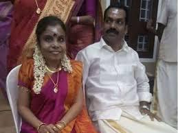 Vaikom-vijayalakshmi-engagement-photo1
