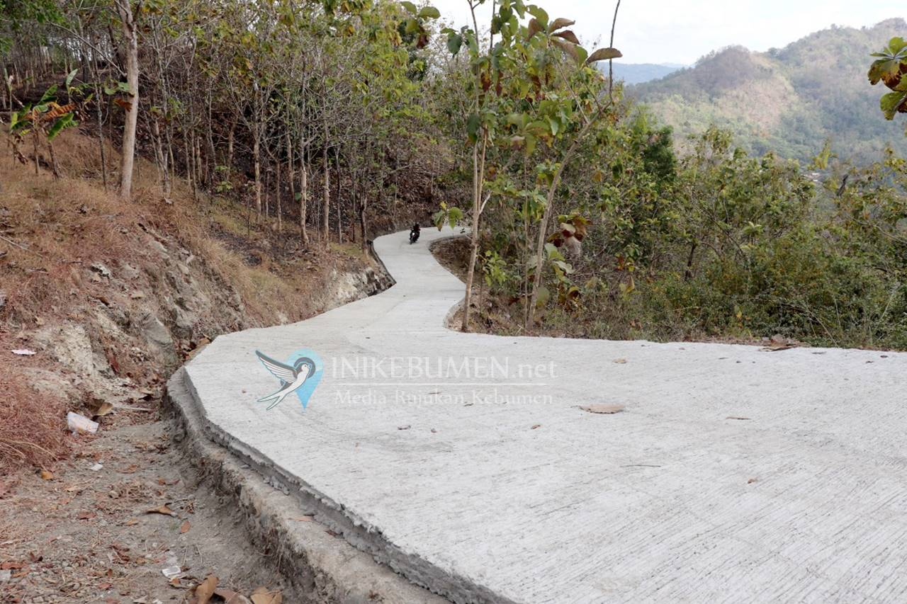 Resmi Ditutup, TMMD di Alian Berhasil Bangun Jalan Penghubung Antar Desa Sepanjang 555 Meter