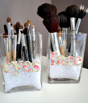 DIY - Makeup brush storage