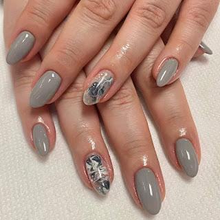 Nail Ideas Grey