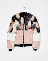 https://www.bershka.com/be/nl/dames/kleding/jacks/teddy-bomberjack-c1010193212p101185006.html?colorId=607