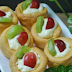 Fruit Sus Cake, Sweet and Fresh with Favorite Fruit Topping