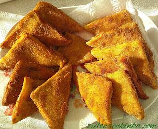 Najlepszy łatwy  przepis na rokiety z szynką, mozzarellą i chleba tostowego