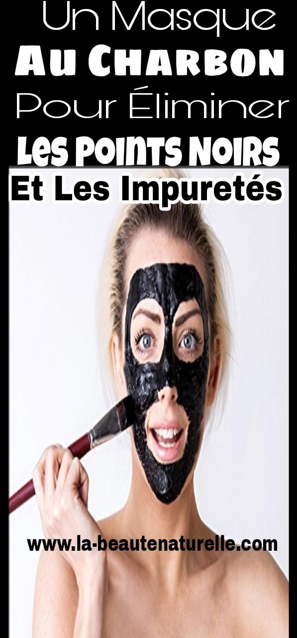 Un masque au charbon pour éliminer les points noirs et les impuretés