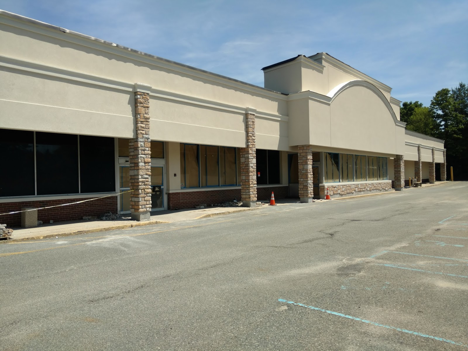 Construction of Food Emporium set to replace vacant Marlboro A&P is ...