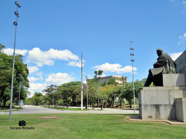 Monumento a Ramos de Azevedo (paisagem)
