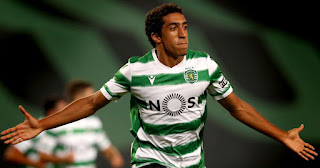 Arsenal leading the race to sign Sporting Lisbon's 18-year-old striker Tiago Tomas this summer