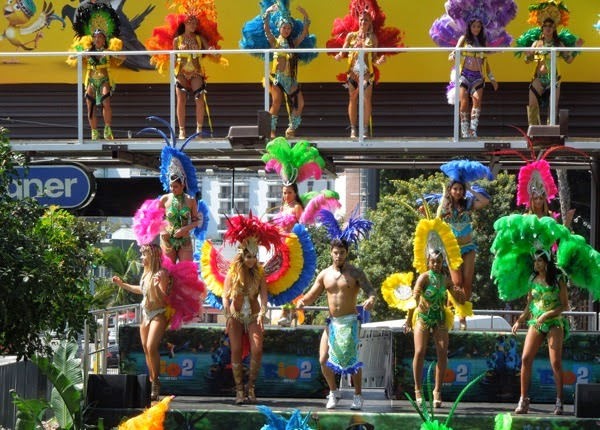 Live Mardi Gras carnival dancers Rio 2 movie billboard installation