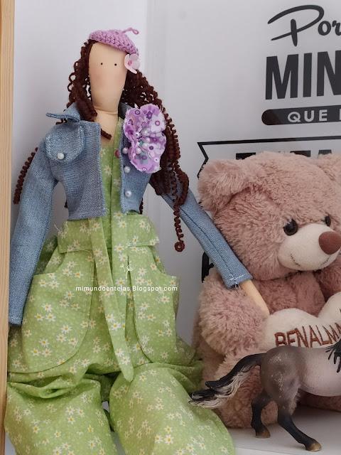 ropa para muñecos, chaqueta vaquera