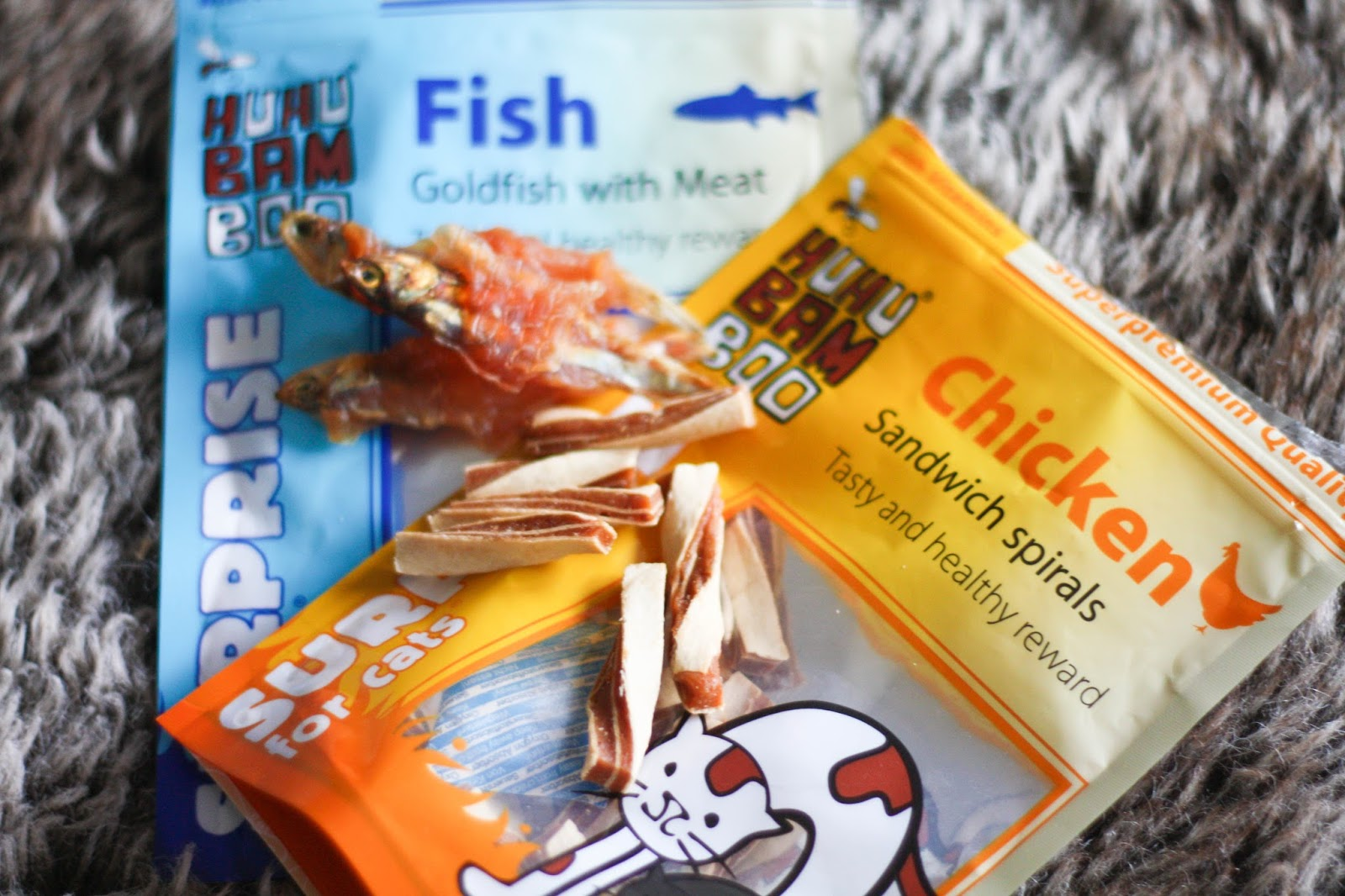 Cats off the Carbs: Goldfish with meat & Sandwich spirals