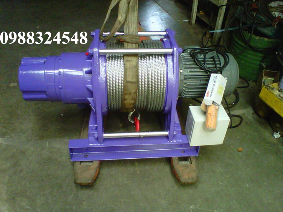 Tời cáp điện Comeup CWG-30750 2200kg