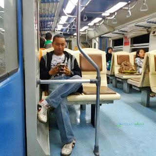 Berlari Mengejar Kereta Api Binjai - Medan