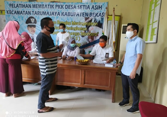 Petugas Pos Indonesia: Pantang Libur Sebelum Selesai, Ini Harapan Pj Kades Setia Asih Usai Pencairan BST Tahap VI