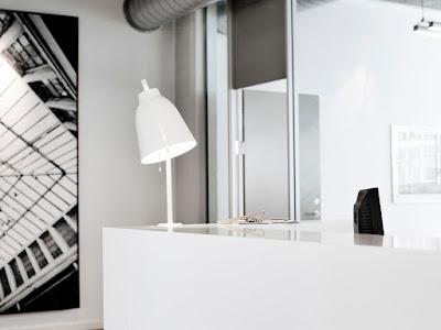 design stolni lampa