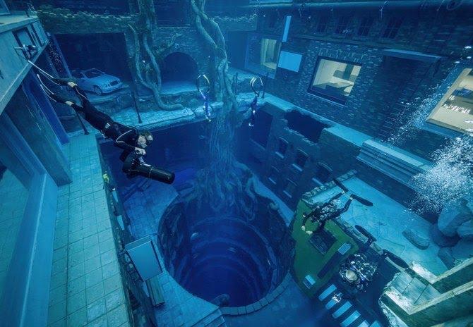 Deepest swimming pool in Dubai