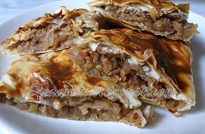 jednostavna pita od jabuka i rogača