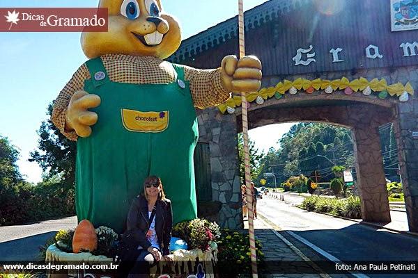 Pórtico de entrada de Gramado decorado para a Chocofest