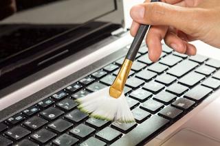 Cara Membersihkan dan Merawat Laptop Agar Awet