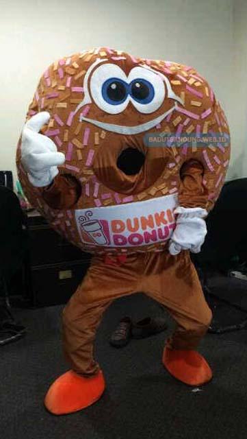 Badut Maskot Dunkin Donuts
