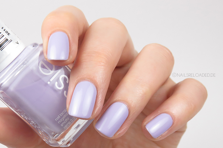 Essie - virgin snow