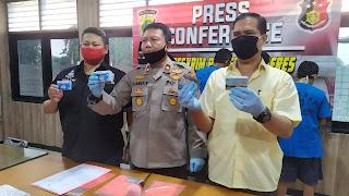 Ngaku Anggota Polisi, 4 Pelaku Pemerasan Kartu KJP Di Bekuk Polsek Kalideres 2 Pelaku Masih Buron