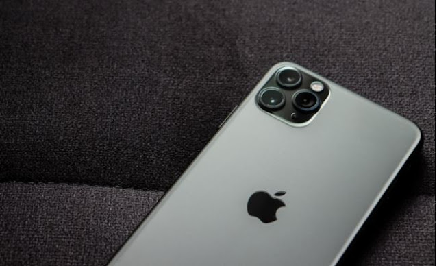 iPhone 14: Touch ID could make a comeback, under the screen
