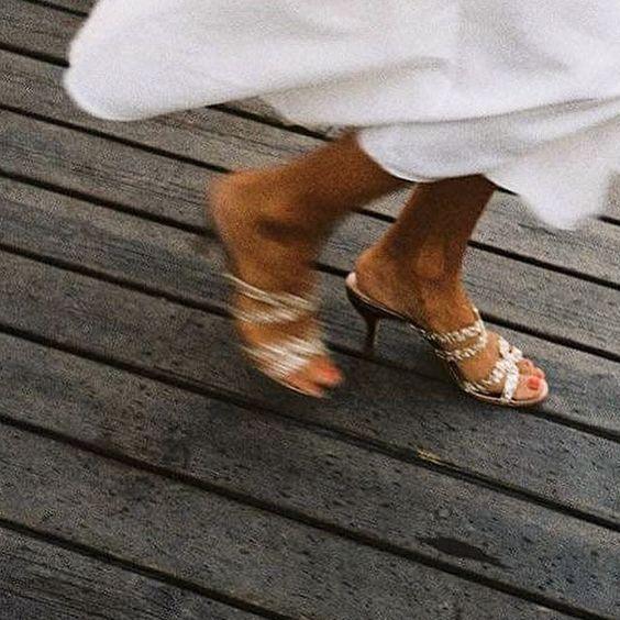 Sania D'Mina Glitter Gold Sandals | summer, fashion, style, inspiration, aesthetic, vintage, feminine, white dress, shoes, 70s, 80s | Allegory of Vanity