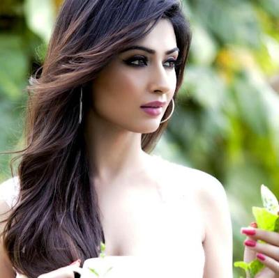 Biodata Nikita Sharma Terlengkap, Suami, Hobi, Fakta, Foto dan Banyak Lagi