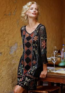 etniczna sukienka szydelkiem wzor