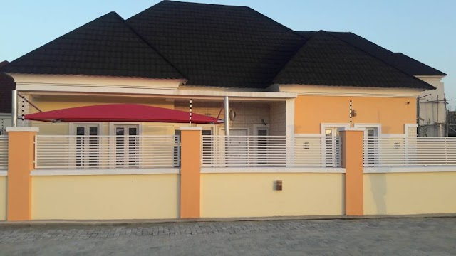 BEAUTIFULLY, NICELY FINISHED 4 BEDROOM BUNGALOW WITH BOYS QUARTERS IN AJAH (HOUSE FOR SALE)