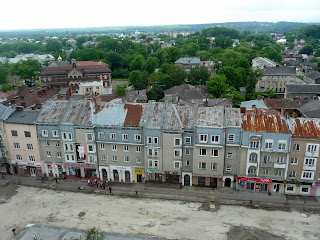 Дрогобич. Вид на південну частину міста, на площу Ринок, вулиці Завальну і Трускавецьку, на школу № 3