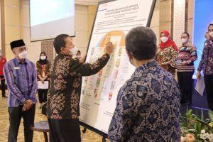 Gubernur Arinal Hadiri Penandatanganan dan Deklarasi Komitmen Kepala Daerah dalam Pelayanan Publik