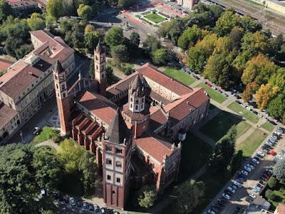 Vacanze e gite in Piemonte - Vercelli, luoghi da vedere - Sant'Andrea