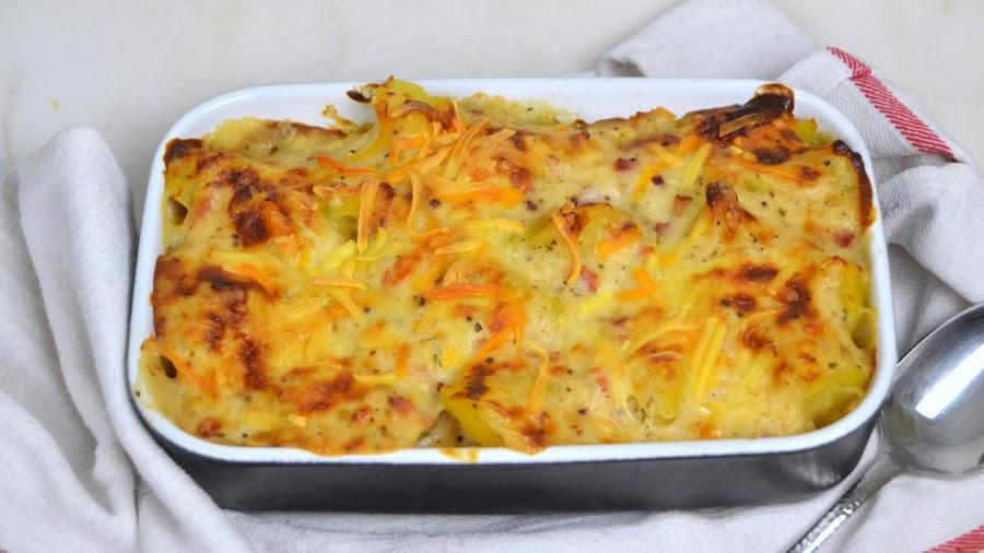 Patatas gratinadas con bechamel