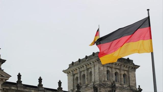 هااااااااام جدا دورات صيفية للجامعة في ألمانيا للطلاب والخريجين الأجانب براتب  950 يورو