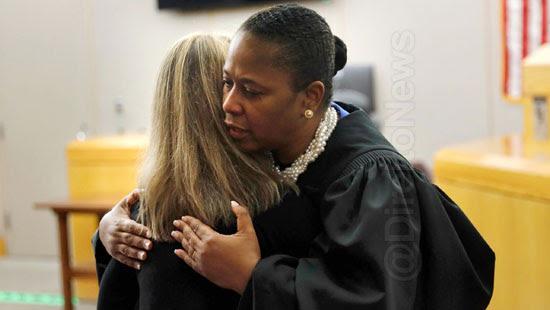 juiza processada biblia condenada arrepende direito