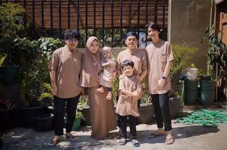 Ari Irham dan Kuluarga
