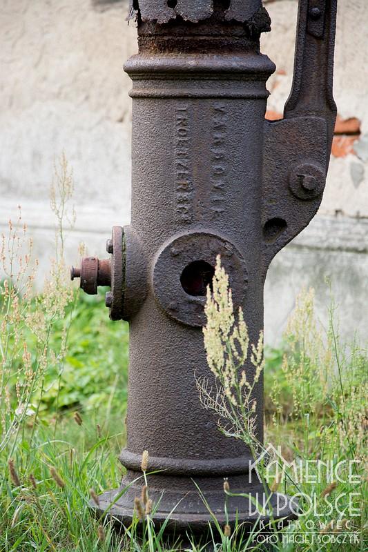 Skierniewice. Stara pompa. Troetzer & C. Varsovie.