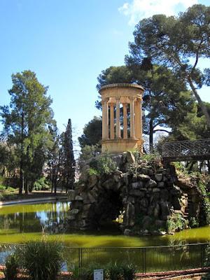 Templete en el Parque de Can Vidalet