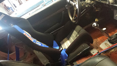 Bride bucket seat + Simpson 5 point harness