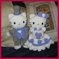 Kitty y su novio amigurumi